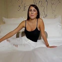 Første pornostøping av en veldig sensuell ung jente