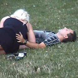 De forlot diskoteket sammen for å knulle i en park