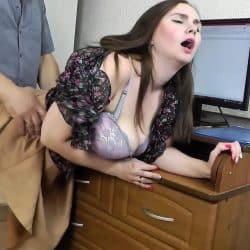 Russisk husmor jukser mannen sin