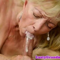Takket være sin unge nabo kunne hun huske hva en orgasme var