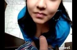 Amatør blowjob med den unge jenta free porno