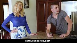 Katie Morgan, mannen min er ikke hjemme, så hun knuller kjæresten hennes